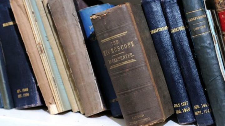 IMPRESIONANT! Cartea care deţine recordul pentru cea mai mare întârziere la bibliotecă
