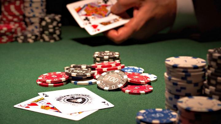 Cazinourile din Las Vegas se redeschid treptat după două luni din cauza pandemiei de COVID-19