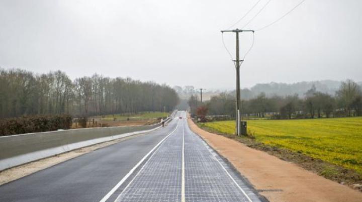 A fost inaugurat primul drum pavat cu panouri solare