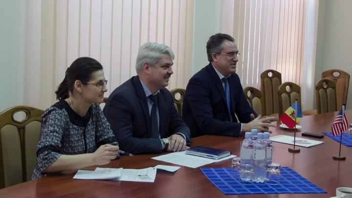 Guvernul SUA SUSŢINE serviciul vamal din Moldova în prevernirea pericolului radiologic şi nuclear