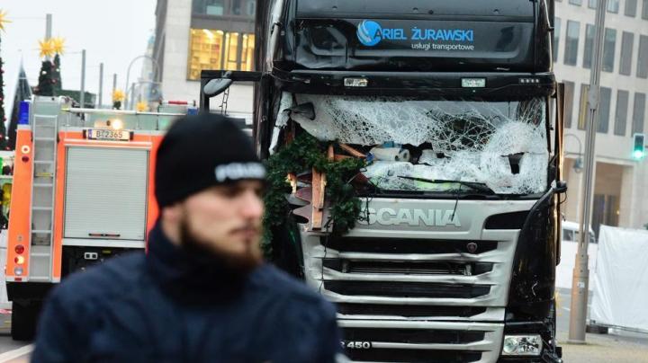 Patru persoane au fost arestate, fiind suspectate de legături cu presupusul autor al atacului de la Berlin