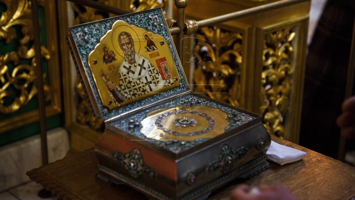 DOCUMENTAR: Cine a fost  Sfântul Ierarh Nicolae