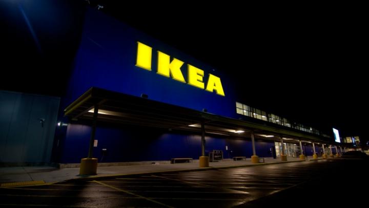 Mesajul Ikea pentru tinerii care dorm peste noapte în magazinele sale