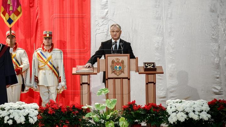 Igor Dodon, învestit în funcţia de preşedinte al Republicii Moldova (VIDEO/FOTOREPORT)