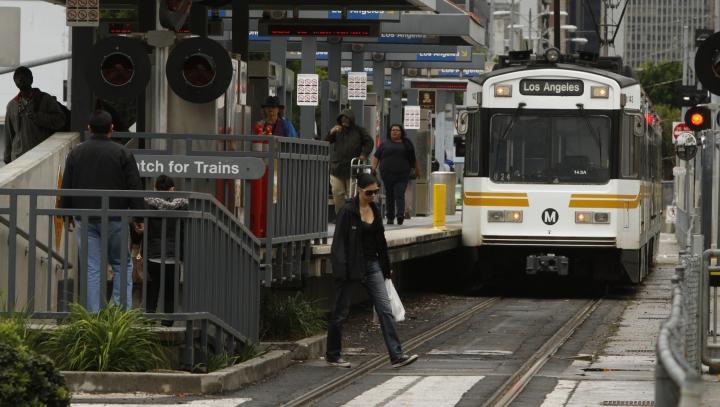 ALERTĂ TERORISTĂ în Los Angeles! Este vizată o staţie de metrou