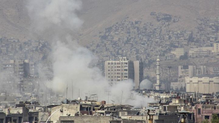 DEFLAGRAȚIE în apropierea unei secții de poliție din capitala Siriei! Sunt victime