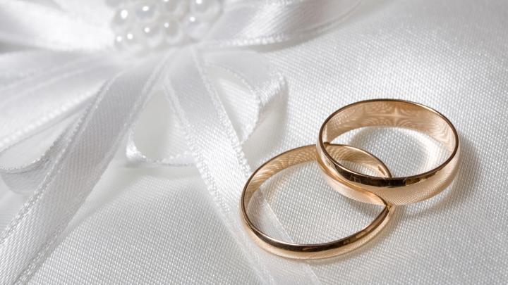 Vrei să te căsătoreşti în anul care vine? Află când nu se fac nunţi în anul 2017