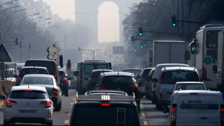 Trafic restricționat la Paris. Vor circula doar anumite autovehicule