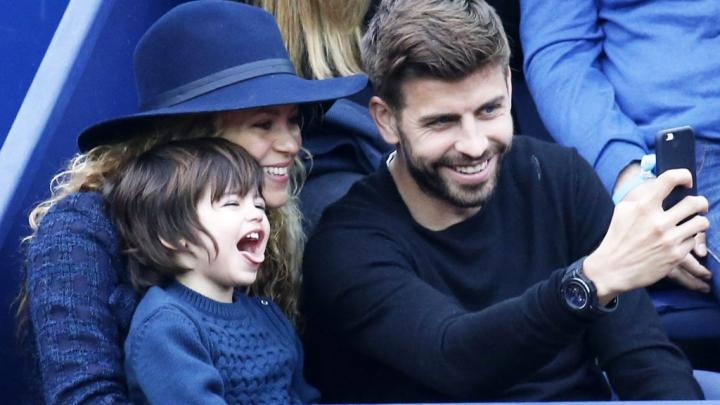 Shakira și Piqué împreună cu copiii lor au ajuns în Columbia pentru a petrece Anul Nou