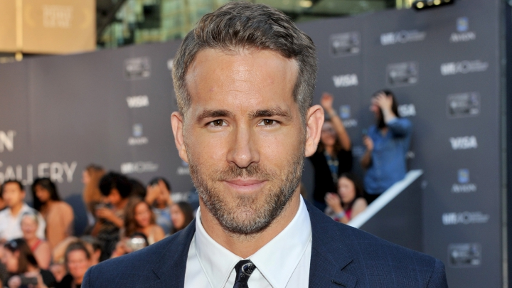 Actorul Ryan Reynolds a primit o stea pe Walk of Fame