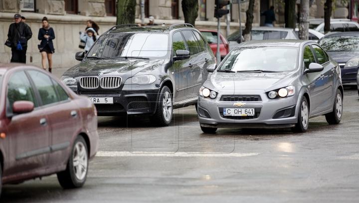 AMENDĂ USTURĂTOARE sau chiar ÎNCHISOARE pentru şoferii agresivi în trafic