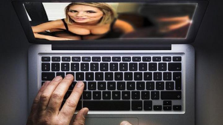 Un site popular pentru adulţi, compromis de hackeri. Datele utilizatorilor ar putea ajunge pe internet