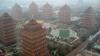 Utopia chineză: SATUL DE LUX în care locuitorii pierd totul dacă îl părăsesc
