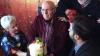Lacrimi de bucurie pe chipul maestrului! Gheorghe Urschi, felicitat de prieteni şi rude (VIDEO)