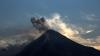Mexic: Trei erupții ale vulcanului Colima au închis un aeroport local