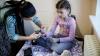 PREMIERĂ! Copiii bolnavi de diabet AU PRIMIT GRATUIT dispozitive pentru monitorizarea glicemiei