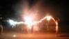 DISTRACȚIE PERICULOASĂ: S-au duelat cu focuri de artificii în stilul lui Harry Potter (VIDEO)