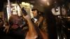 Sute de oameni, acuzaţi de implicare la puciul din Turcia, au fost aduşi în faţa tribunalului din Izmir