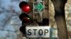 Indicatoarele cu SĂGEATĂ VERDE din Centrul Capitalei AU DISPĂRUT. Şoferii riscă AMENZI
