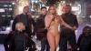 S-a făcut de ruşine! Mariah Carey a avut un RECITAL DEZASTRUOS în Times Square (VIDEO)