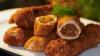 REVOLTĂTOR! Un client al unui bistro din Capitală a primit mâncare cu o bucată de polietilenă