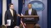 Obama i-a făcut o surpriză purtătorului său de cuvânt în faţa a zeci de jurnalişti