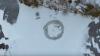 Un finlandez ingenios a transformat suprafața unui lac înghețat într-un carusel (VIDEO)