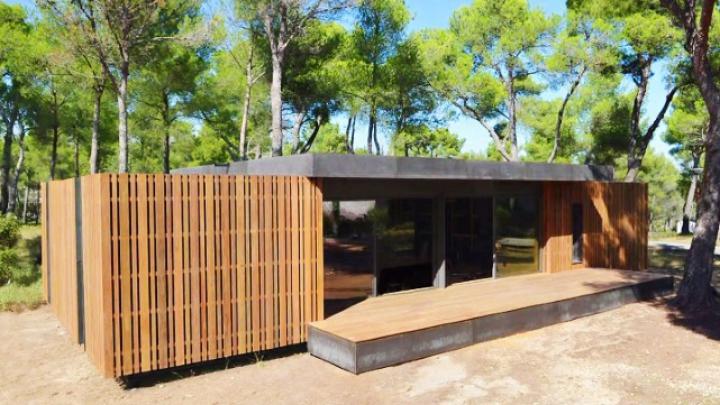 Casa care se construieşte în 4 ZILE şi nu are nevoie de încălzire. Ce materiale MISTERIOASE sunt folosite