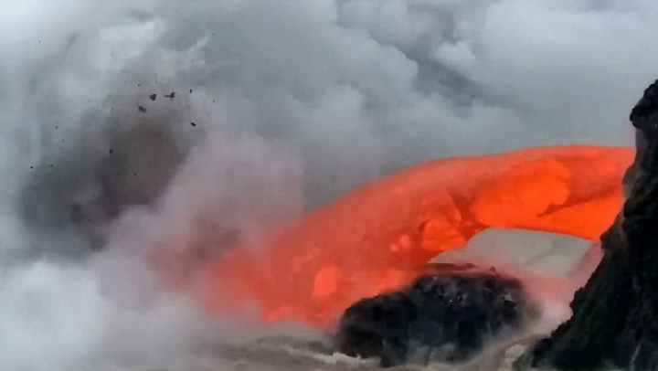 FENOMEN SPECTACULOS, surprins de turişti pe insula Hawaii (VIDEO)