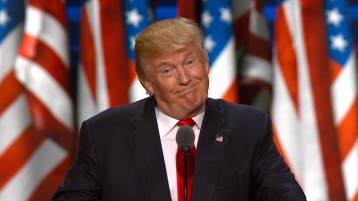 SUA: Donald Trump l-a demis pe procurorul general, pentru că nu l-a susţinut în problema ordinului privind imigranţii