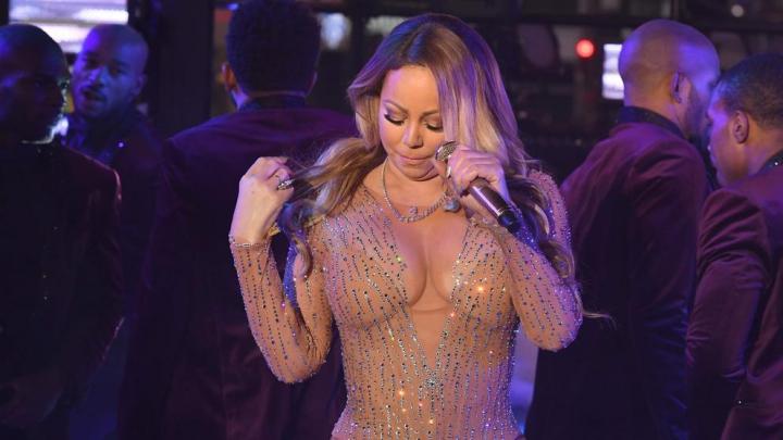 Mariah Carey acuză producătorii show-ului din Times Square că i-au întins o cursă. REACŢIA Dick Clark Productions