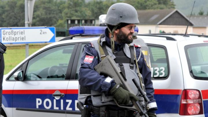 PANICĂ în Austria! Un bărbat suspectat de plănuirea unui atac cu bombă la Viena a fost arestat