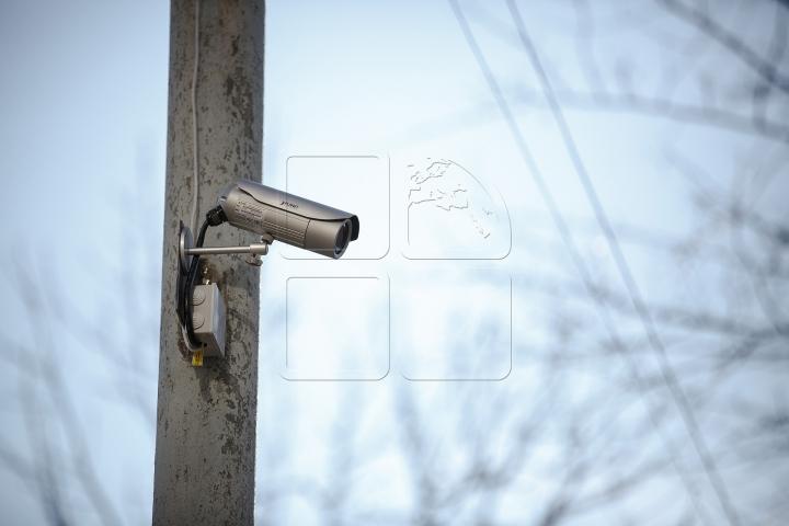 Vandalii vor fi pedepsiţi! Primăria a instalat camere de supraveghere în Parcul Valea Morilor