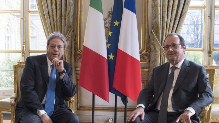 Hollande și Gentiloni au avut o întrevedere. Despre ce au discutat cei doi oficiali