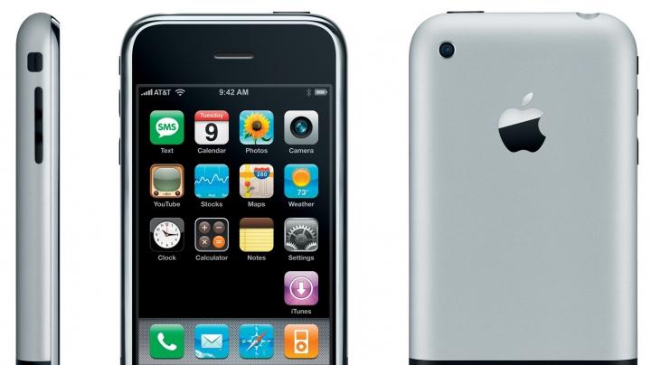 S-au împlinit 10 ani de la prezentarea primului model de iPhone. Vezi cum arăta (VIDEO)