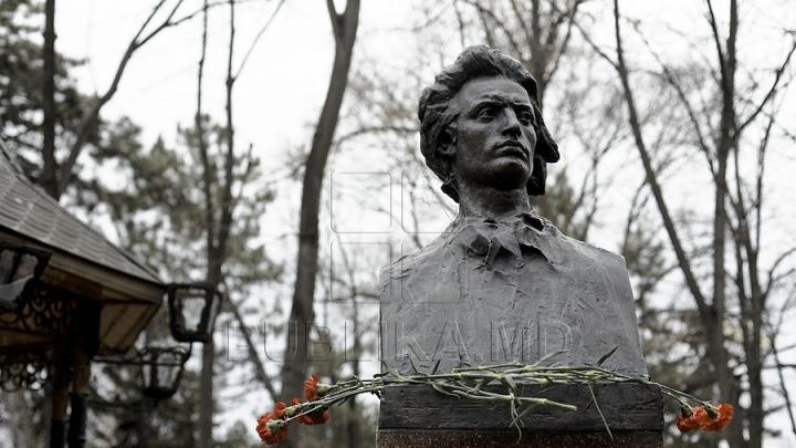 167 de ani de la nașterea Luceafărului poeziei româneşti. Principalele momente din viața lui Mihai Eminescu