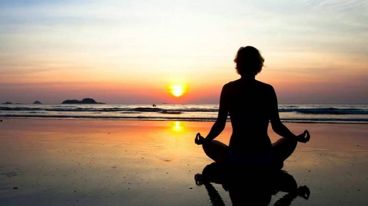 STUDIU: Meditația ajută organismul să răspundă mai bine la stres