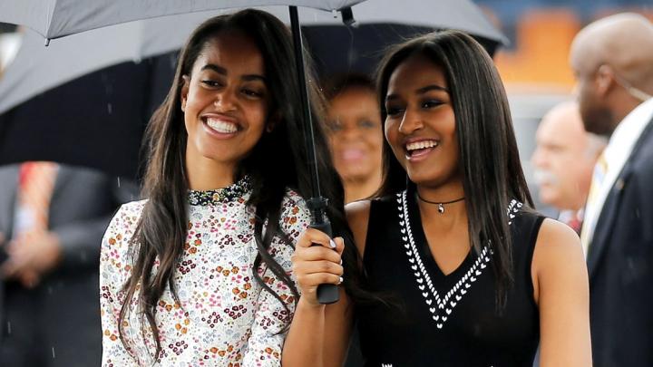 Fotografii EMOŢIONANTE. Imagini cu prima vizită a surorilor Obama la Casa Albă (FOTO)