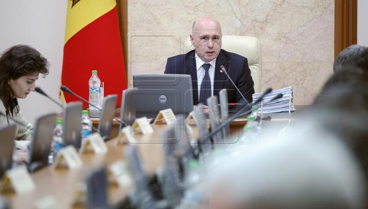 Pavel Filip: Guvernul are planul său de activitate. Nu vom răspunde declaraţiilor provocatoare