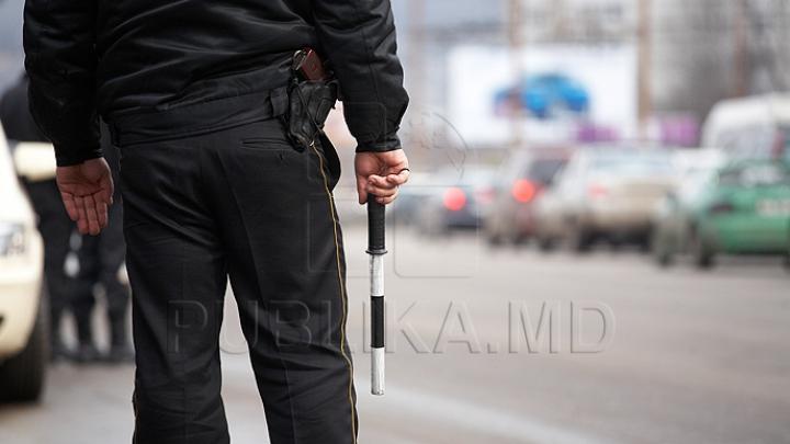 Inspectorii de patrulare, cu ochii pe şoferi. Cum sunt descoperiţi conducătorii auto care au datorii