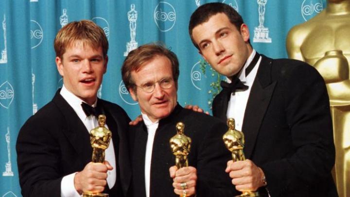 Pe covorul roșu de la Globurile de Aur, Matt Damon i-a adus un omagiu regretatului Robin Williams