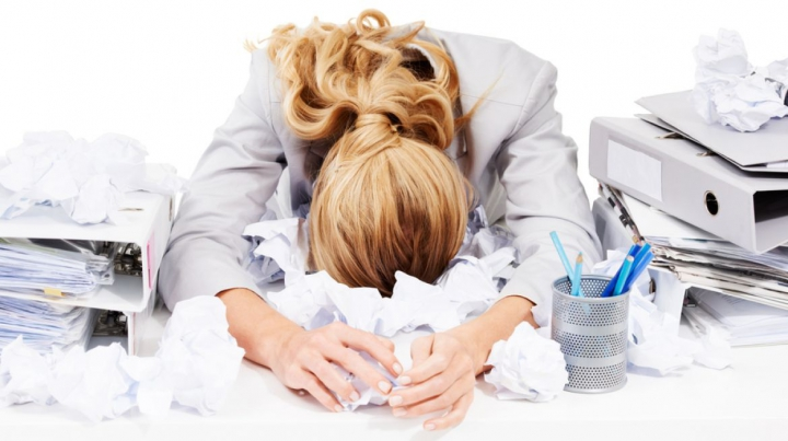 10 lucruri care te ajută să te relaxezi în zilele stresante de muncă