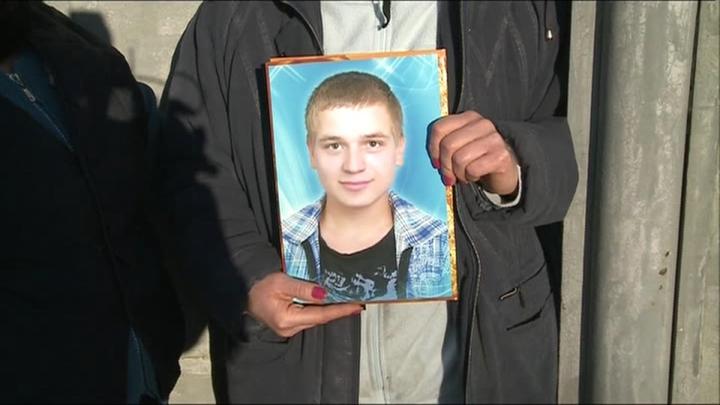 """""""Iartă-mă, mamă"""". MESAJUL TULBURĂTOR lăsat de soldatul care s-ar fi sinucis cu arma din dotare (FOTO)"""