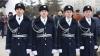 Mai frumoşi şi mai eleganţi! Garda de Onoare a MAI a îmbrăcat uniformă nouă (FOTO)