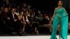 Spectacol de modă grandios în Pakistan. Designerii și-au prezentat noile colecții primăvară-vară