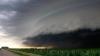 Marea Britanie, afectată de o furtună violentă care a provocat anulări de zboruri