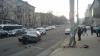 ACCIDENT GRAV în centrul Capitalei! Un automobil, făcut zob după ce s-a izbit violent de un stâlp (FOTO)
