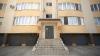 GEST DISPERAT! O fată de 12 ani s-a aruncat de la etajul patru al unui bloc din sectorul Râşcani