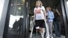 EMOŢIONANT! Se căsătoreşte cu pompierul care a salvat-o în atacul de la maratonul din Boston