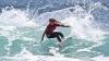 Caroline Marks, una dintre cele mai promiţătoare talente din surfing, a mers în Grecia